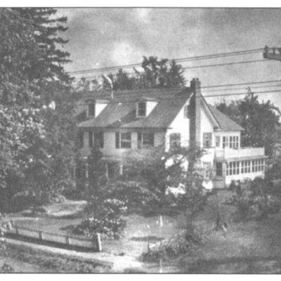 Dunfee House: 110 Main Street. The property was once part of the Samuel Wills plantation. Samuel Ellis purchased the lot from Samuel Wills. Joseph Lundy bought the land in 1805 and sold it to Ezra Haines in 1937. Reports found indicate a structure was there between 1810-1832. All the owners have been connected through the Stokes family, either directly or through marriage.