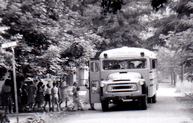 WillingboroGradeSchoolBus-Dec1957 c